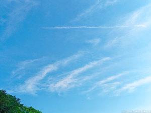 空は穏やかだけど・・