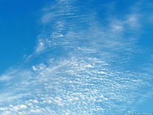 こんな空をずーっと・・