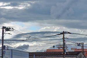 暗雲がかかりはじめた